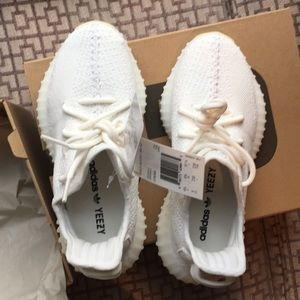 52fc8321c Yeezy Shoes - Yeezy Boost 350 V2 triple white M5  W7